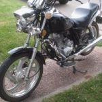 VENDO MOTO MAVERICK BLACK STAR 150 cc