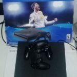 ps4 igual a nueva disco 1 tera 2 joystick en caja