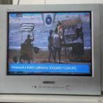Vendo TV 21 pulgadas Hitachi con control remoto