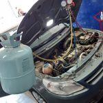 Carga de gas aire acondicionado vehículos