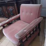 VENDO juego de sillones de Pana rosa