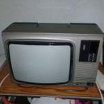 Vendo televisor de 8 canales a color