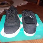 Vendo zapatillas Nike SB número 38 $ 4000 CEL 15543042 gral pico..