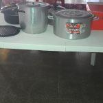 ollas y mesa plastica