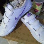 Vendo zapatillas blancas