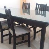Vendo juego de mesa y sillas