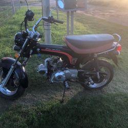 Vendo moto zanella hot 90 tipo dax