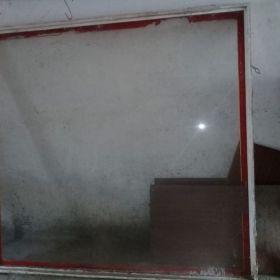 Vendo paño  fijo d aluminio con vidrio,ventana d aluminio completa y Ventilus