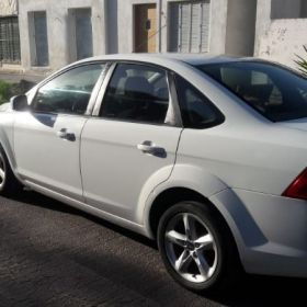 Vendo Focus trend 2012 blanco