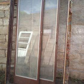 Vendo ventana balcon