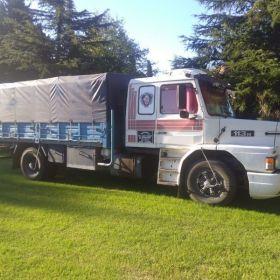 Camion Scania y acoplado
