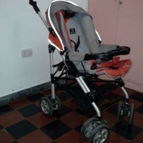 Vendo carrito para bebe