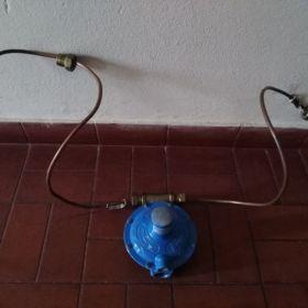 Regulador doble gas envasado.