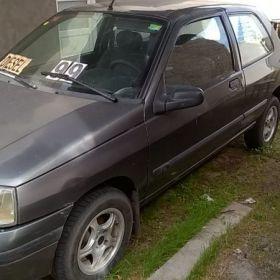 Vendo clio 99 diesel.$75000.