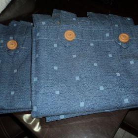 Vendo Juego de CORTINAS rústicas color azul con diseño