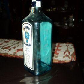 Alguien CORTA estas botellas cuadradas como vasos