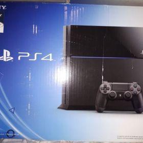 Vendo Playstation 4 Usada