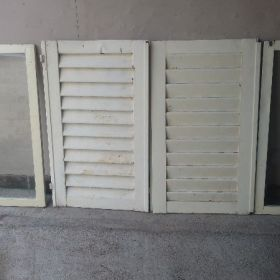 Solo postigos y ventanas