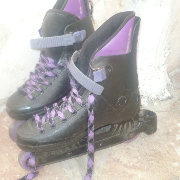 VENDO PATINES ROLLER