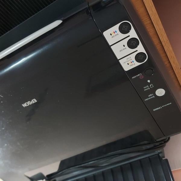 VENDO IMPRESORA MULTIFUNCION EPSON CX5600