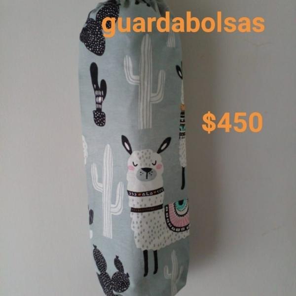 PRACTICOS GUARDABOLSAS