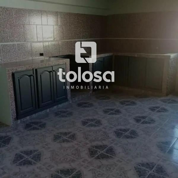 Te ofrecemos esta propiedad a la Venta, en Pesos, ubicada en calle 27 e/ 4 y 6, en la ciudad de General Pico, L.P