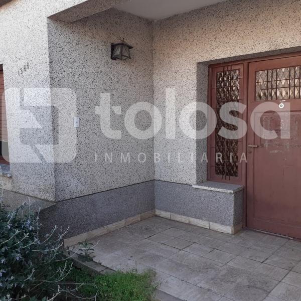 Casa en Venta, B° Oeste, calle 18 e/ 29 y 31, Gral. Pico, L.P.