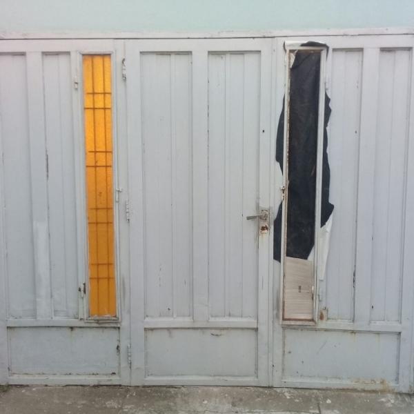 Portón de chapa
