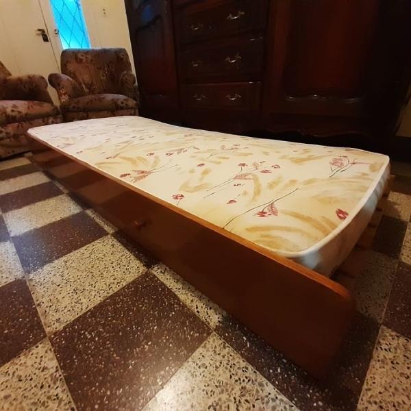 Se vende cama cajonera de 1 plaza