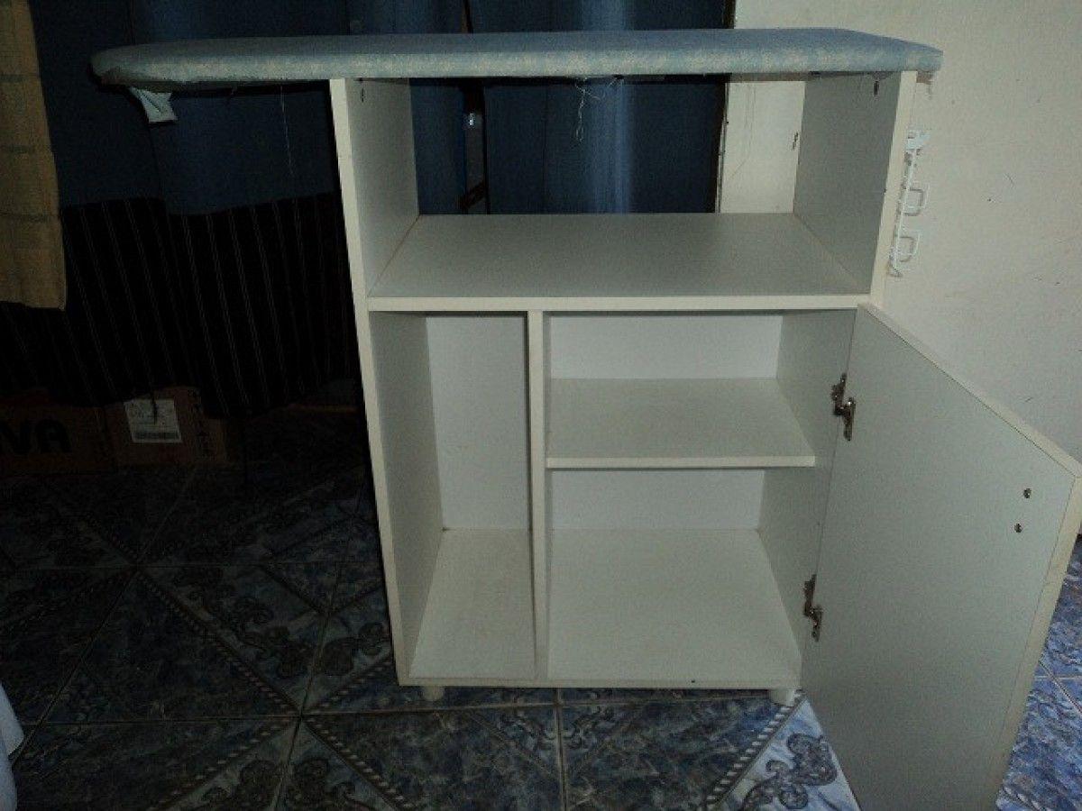 Vendo Organizador De Baño:Vendo ORGANIZADOR de PLANCHADO con tabla incorporada de MELAMINA -