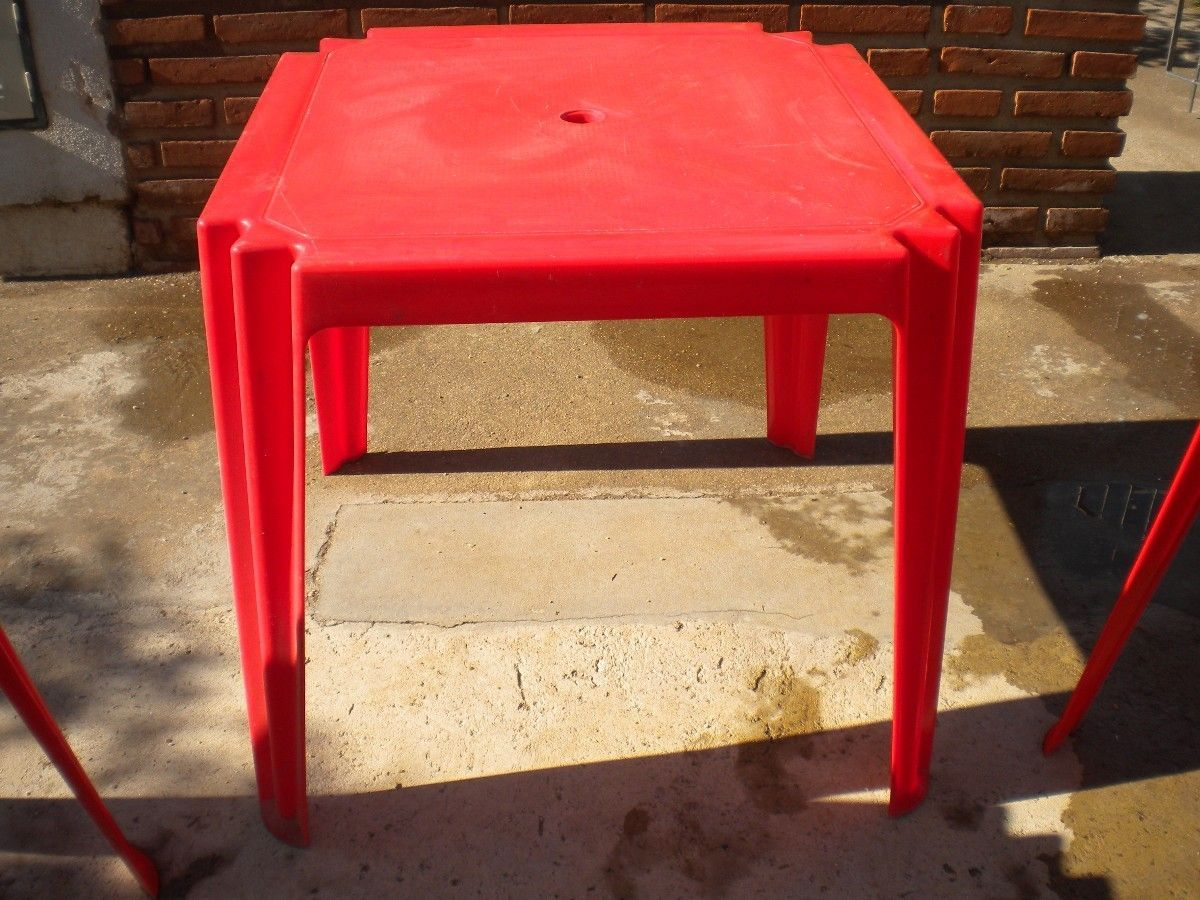 Vendo mesa de plastico no desarmable hogar muebles y - Mesa jardin plastico ...