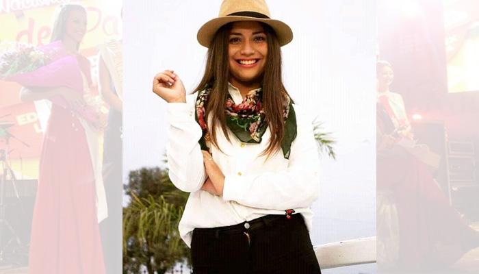 María Victoria Carrera (19) es la representante de Van Praet