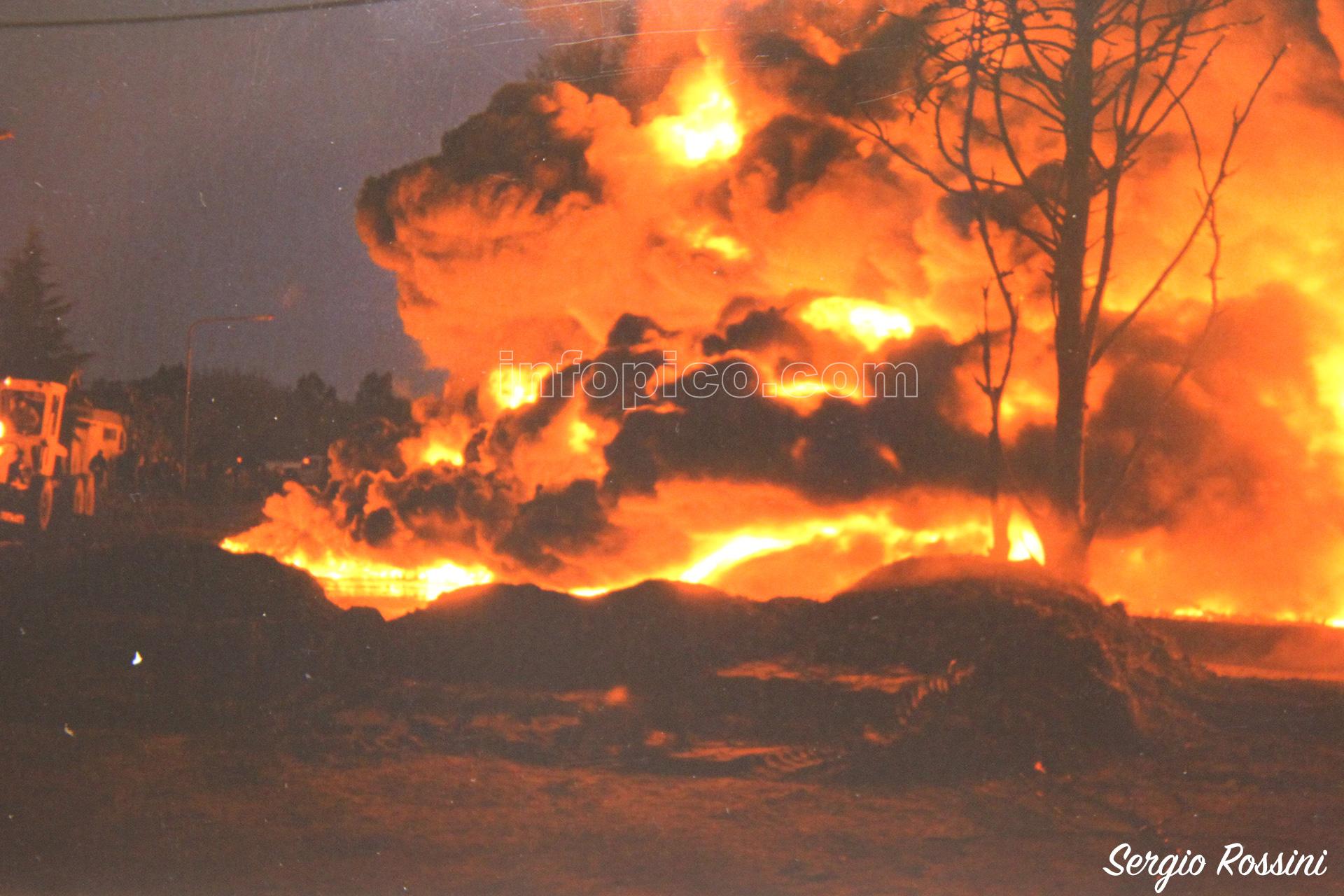 Comenzaba a caer la tarde del día 15 de agosto de 1999 y el fuego no podía ser controlado