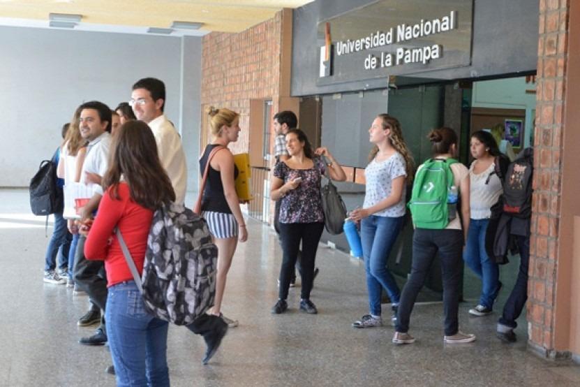 Más de 1.300 estudiantes de la Universidad de La Pampa obtuvieron la beca PROGRESAR 2020