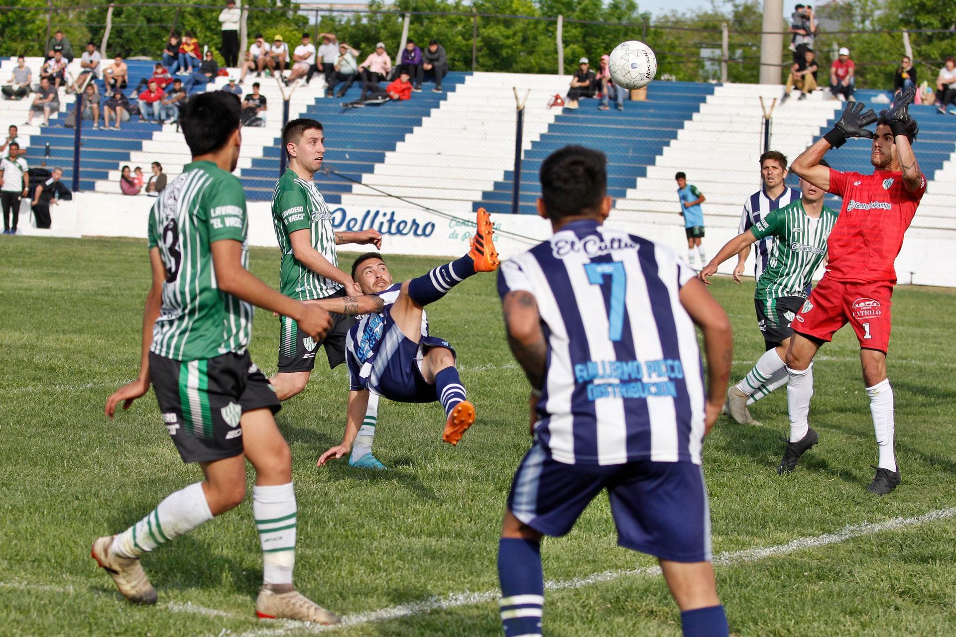 Galería de fotos del Fútbol de la Liga Pampeana