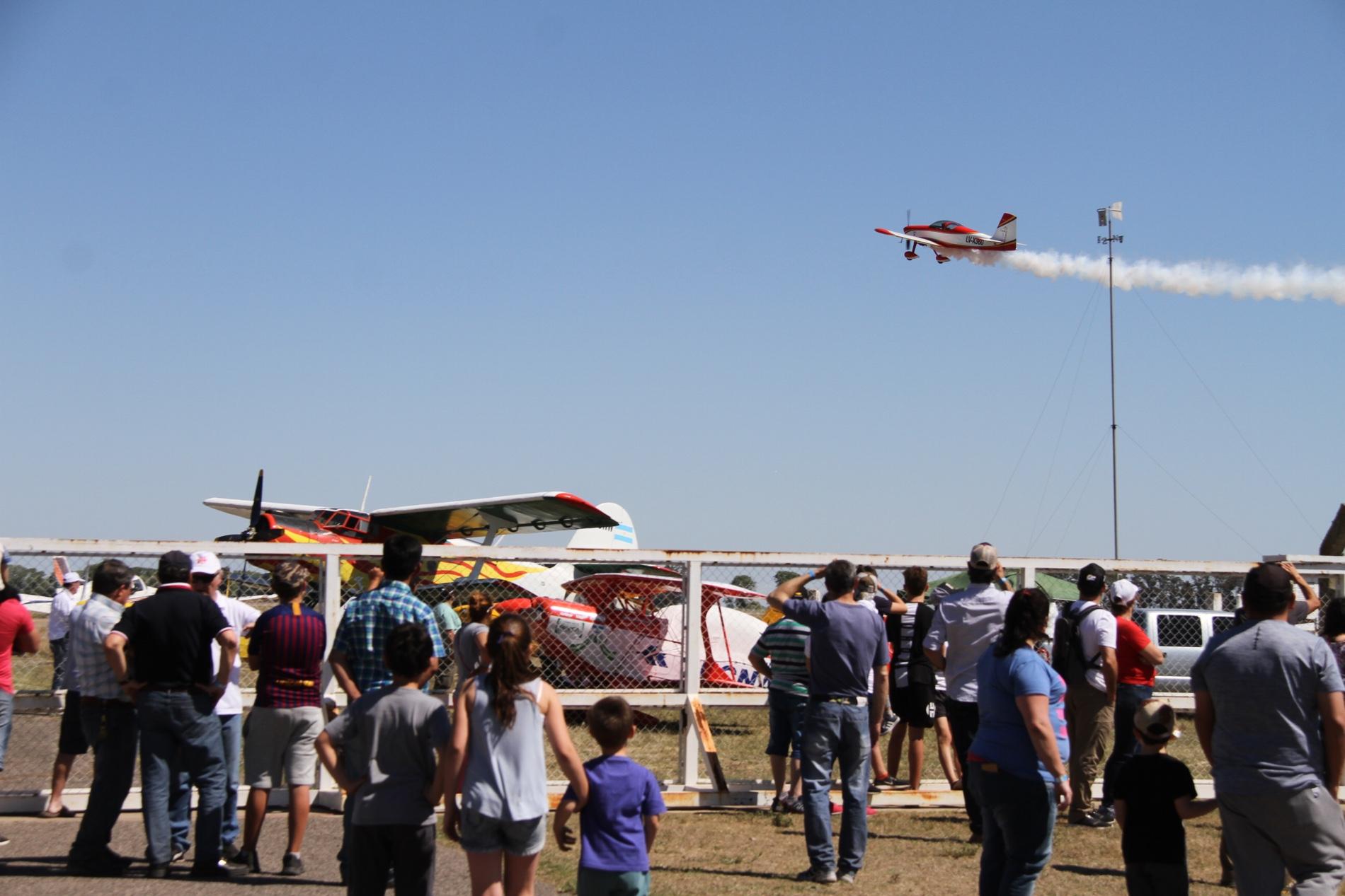 Comenzó en General Pico el festival aéreo más grande de La Pampa