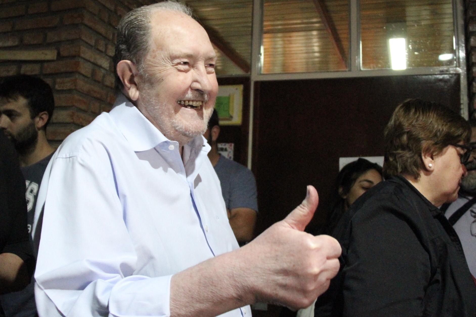 El ex gobernador Carlos Verna cumple 74 años