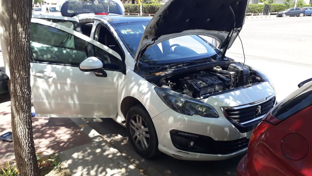 Hallaron un auto en Santa Rosa que tenía pedido de secuestro en Córdoba: Adentro había cocaína y $ 52.000