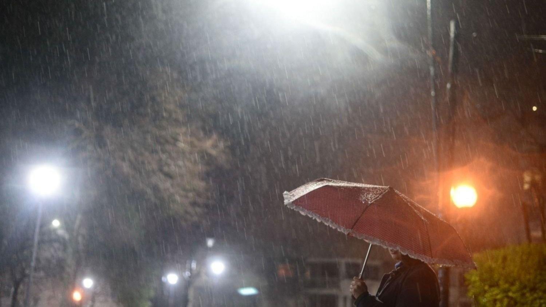 """ATENCIÓN: Mensaje urgente del Servicio Meteorológico por """"tormentas severas con ráfagas"""" para seis localidades de La Pampa"""