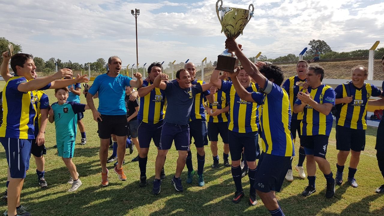Liga de Veteranos: All Boys de Trenel campeón del año en Maxi Senior