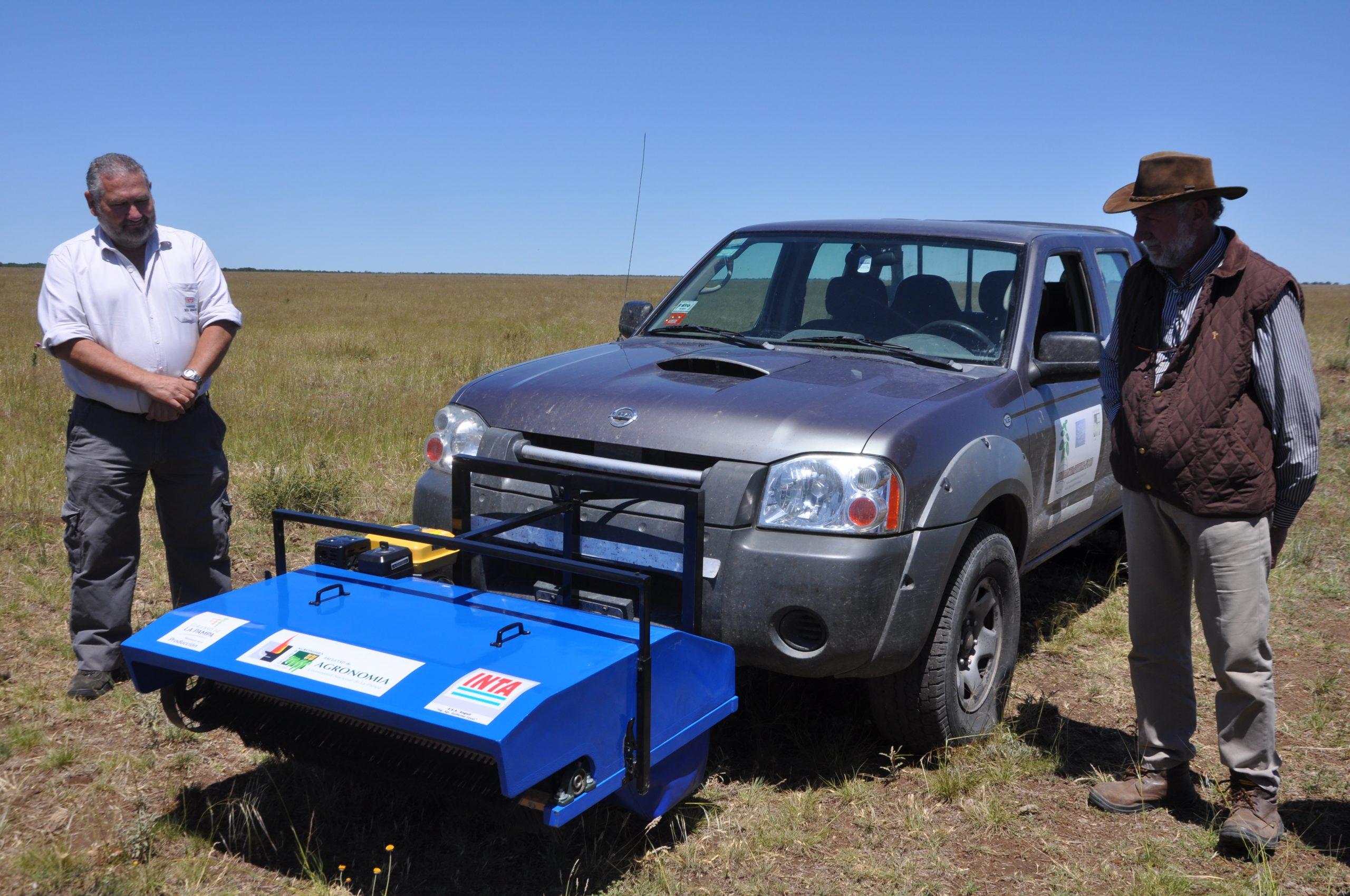 Presentaron en La Pampa un innovador equipo para cosechar semillas de especies nativas