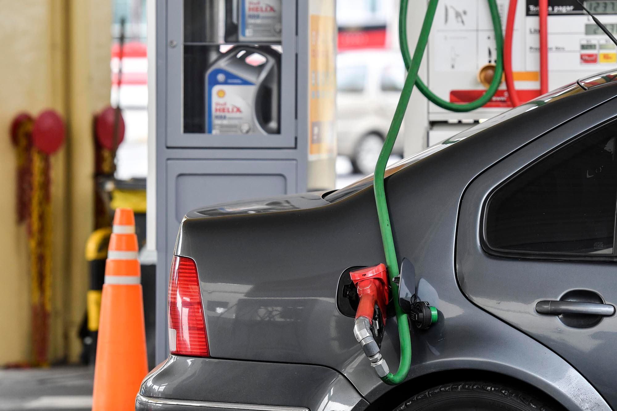 Petroleras apuran otro aumento de combustibles para el próximo fin de semana