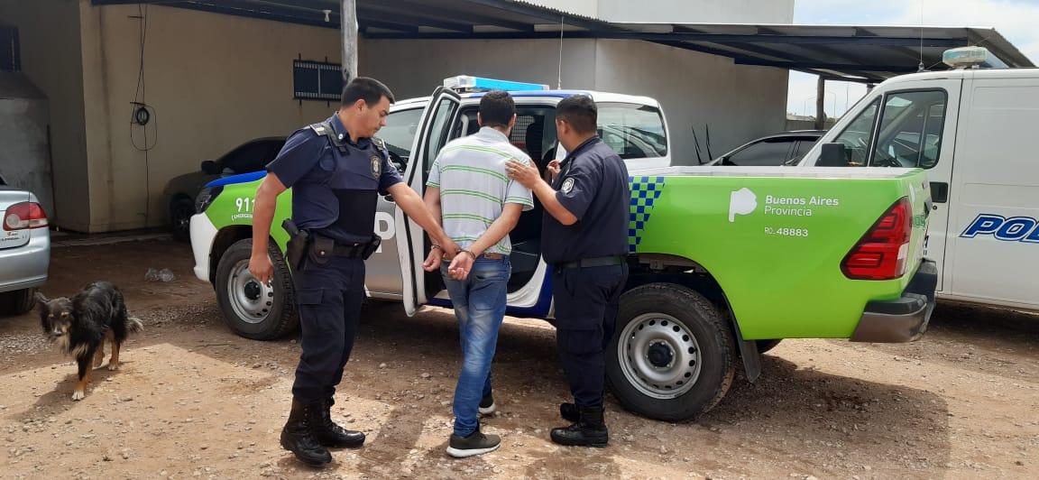 Fueron trasladados a América las tres personas que realizaron un raid delictivo y que incluyó un robo de vehículo, un apuñalado y corridas