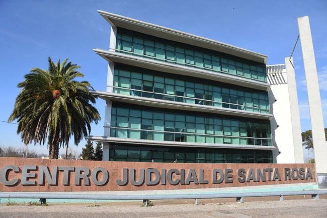 El STJ informó que no deberán ir a trabajar magistrados, funcionarios, empleados mayores de 60 años, embarazadas y grupos de riesgo por 15 días corridos