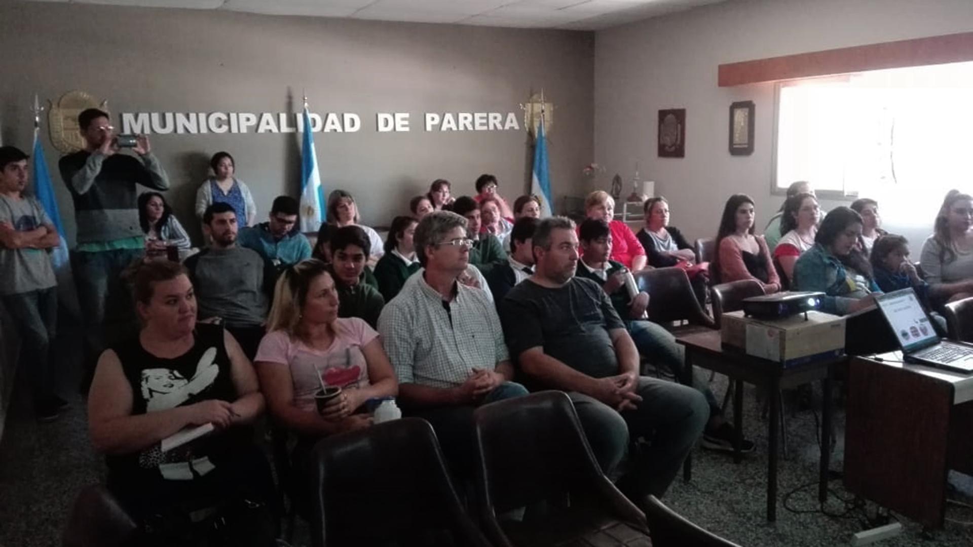 El Senasa explicó cómo optimizar la inocuidad al elaborar productos alimenticios en Parera