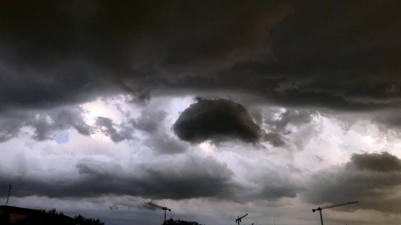 """Esta tarde emitieron un nuevo alerta por """"tormentas intensas"""" para La Pampa"""