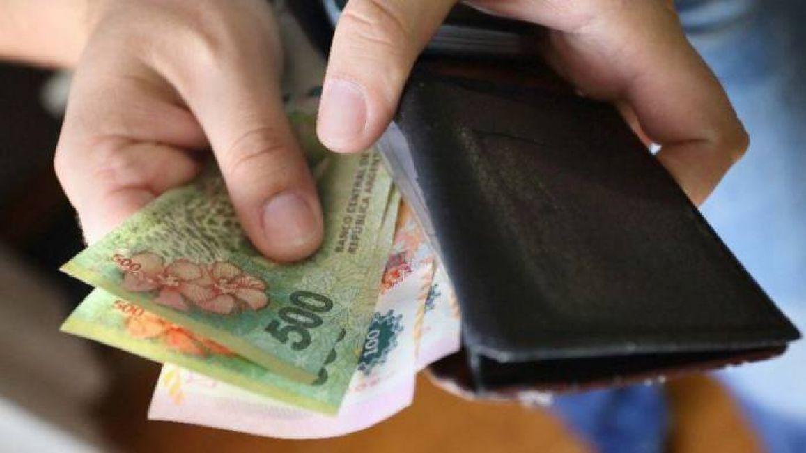 Mañana cobrarán los estatales provinciales pampeanos el bono de 12.500 pesos