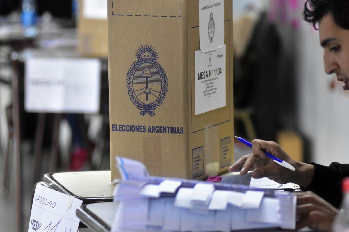 Mirá el cronograma de pagos para las autoridades de mesa de las elecciones pasadas