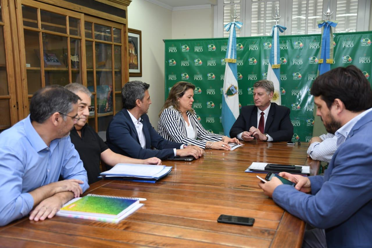 Fernanda Alonso recibió al Gobernador: Mirá los temas que se trataron