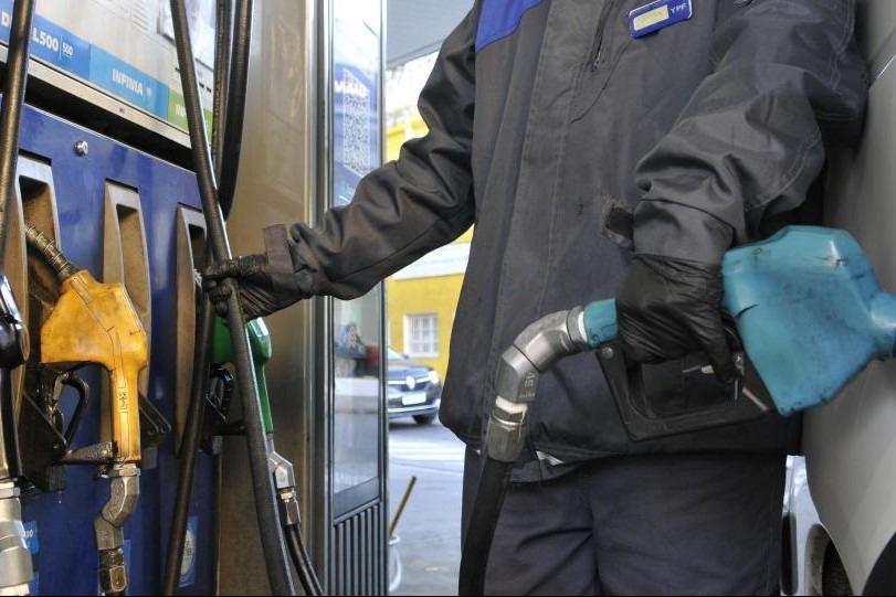 YPF aumentó desde la medianoche un 3,5% promedio sus combustibles, mirá como quedaron los valores en General Pico